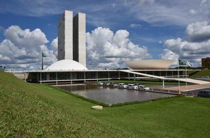 Maia confirma à CBIC o andamento de importantes projetos para o País