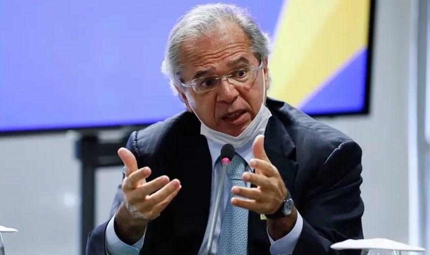 Ministro Paulo Guedes ouve preocupações do setor da construção