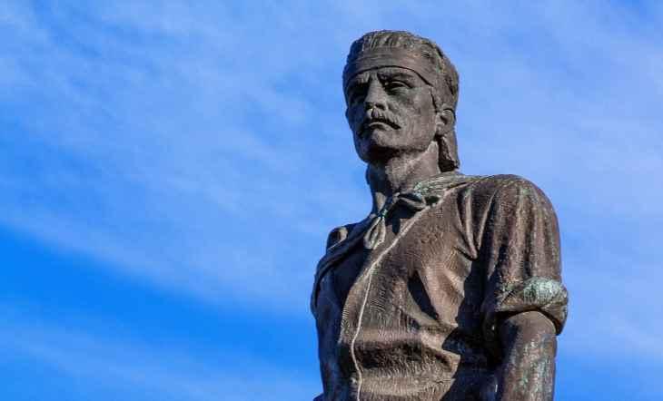 Sinduscon-RS e Prefeitura de Porto Alegre anunciam data para início da restauração do Monumento ao Laçador